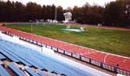 Реконструкцию стадиона в Глазове пообещал министр спорта России