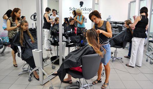 Ижевчан обучат бесплатно парикмахерскому искусству