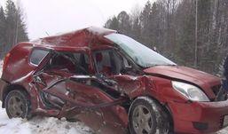 Девушка из Удмуртии погибла в ДТП, не справившись с управлением авто