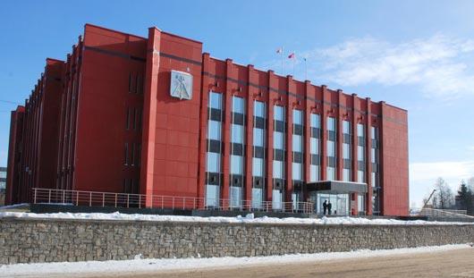 Возле Администрации Ижевска хотят установить елку за миллион
