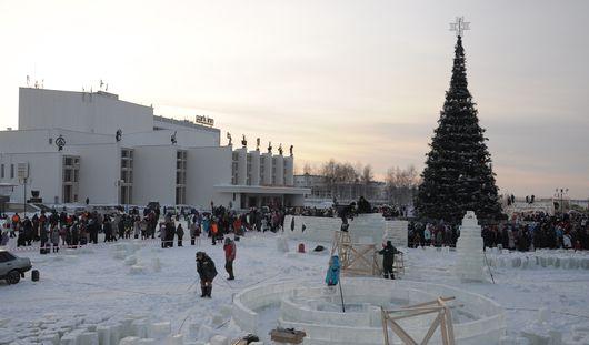 Ижевчане массово станцуют на открытии главной елки города