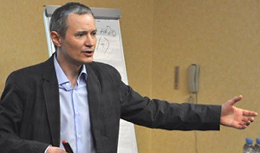Известный бизнес-тренер проведет в Ижевске семинар о стратегии устойчивого роста продаж