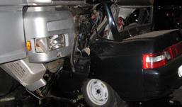 Смертельное ДТП: «десятка» заехала под фуру в Удмуртии