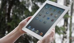 Продажи обновленного планшета iPad четвертого поколения стартуют в России