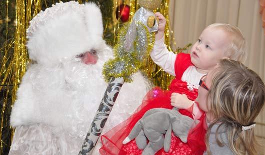 Новогодние представления: куда сводить ребенка перед Новым годом
