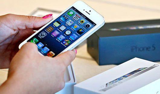 Продажи смартфона Apple iPhone 5 начались в Ижевске