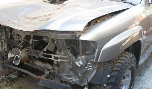Джип сбил двух пешеходов в Ижевске