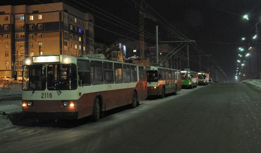 В Ижевске из-за коммунальной аварии на улице 40 лет Победы движение  перекрыто