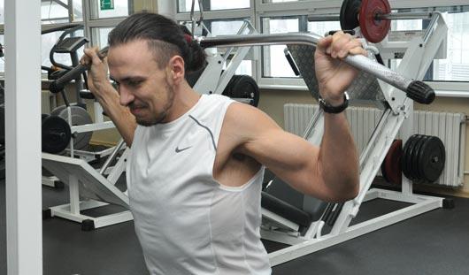 Комплекс упражнений от ижевчанина, похудевшего на 80 килограмм