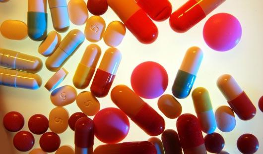 Из аптек исчезнут почти все импортные лекарства