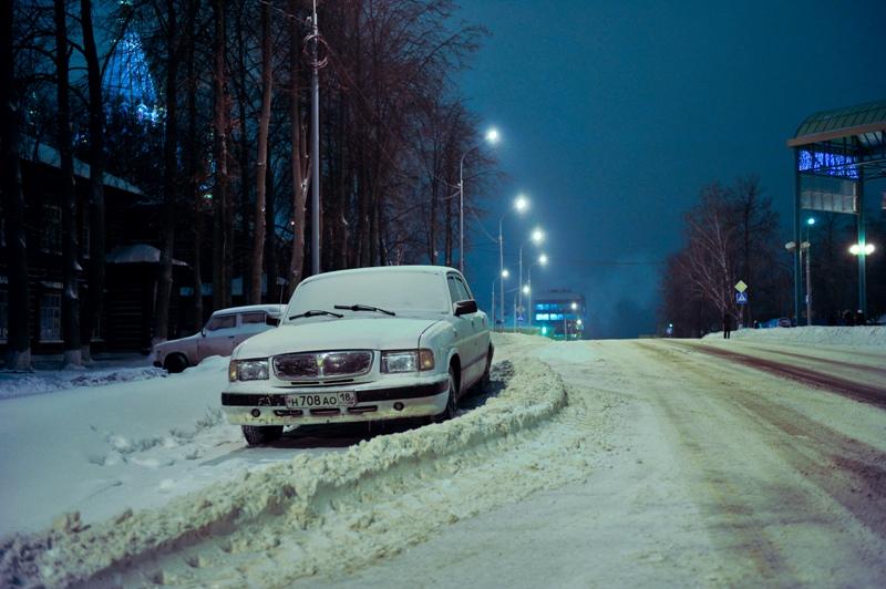 Фотофакт: ижевчане предпочитают парковаться, где им удобно