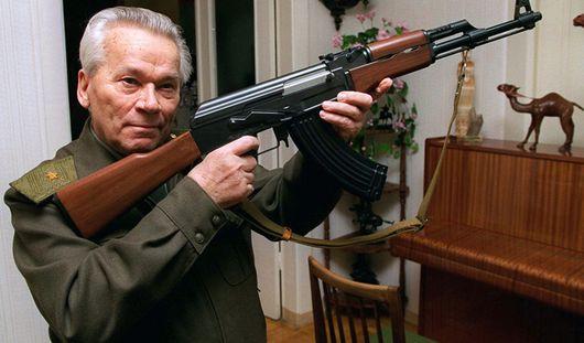 Знаменитого оружейника Михаила Калашникова выписали из больницы