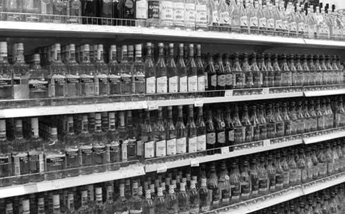 7 января самая дешевая водка подорожает до 170 рублей