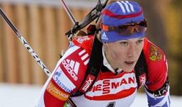 Биатлонистка Ольга Зайцева заняла первое место в гонке преследования