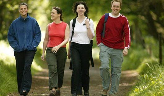 Длительные прогулки помогут женщинам избежать инсульта