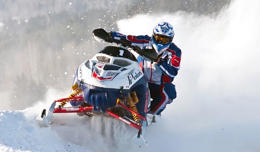 Зрелищные гонки на снегоходах устроят в Ижевске