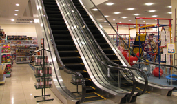 Дурацкий вопрос: почему эскалаторы в торговых центрах Ижевска ездят то в одну сторону, то в другую?