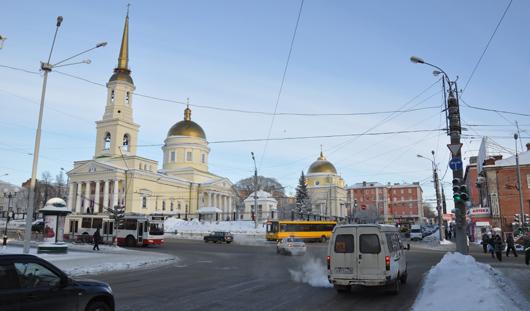 На четырех перекрестках Ижевска поменяли режим работы светофоров