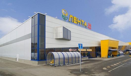 Новый гипермаркет, дешевеющие авиабилеты: о чем сегодня утром говорят в Ижевске
