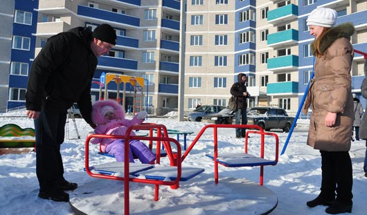 50 молодых семей в Ижевске получили квартиры по президентской программе