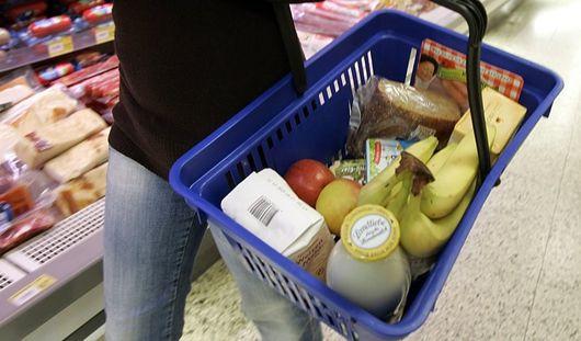 В потребительской корзине россиян стало больше овощей и фруктов
