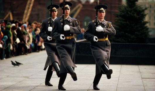 23 февраля в России обойдется без дополнительного выходного